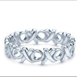 Tiffany & Co xoxo ring